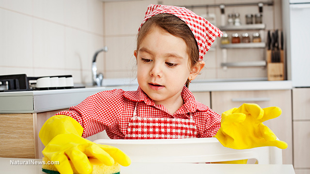 Child-Girl-Cleaning-Yellow-Gloves